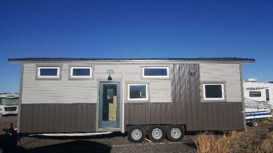 10x32 tiny home on wheels