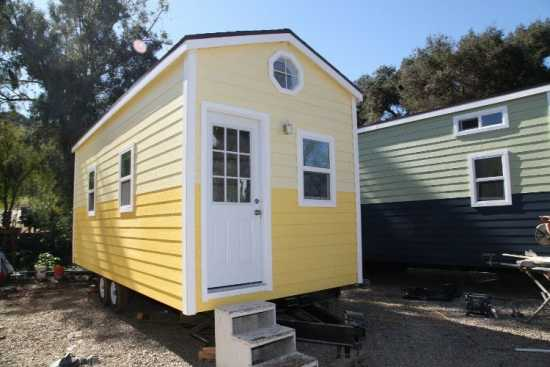 9 x 22 CLASSIC BUNGALOW TINY HOUSE PROFESSIONALLY