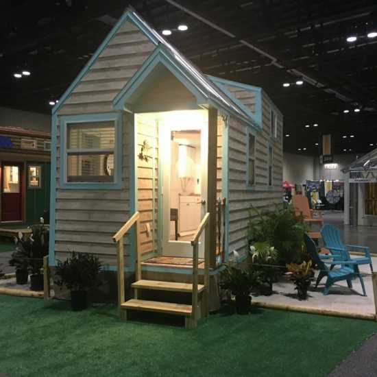 Beach Cottage on Wheels