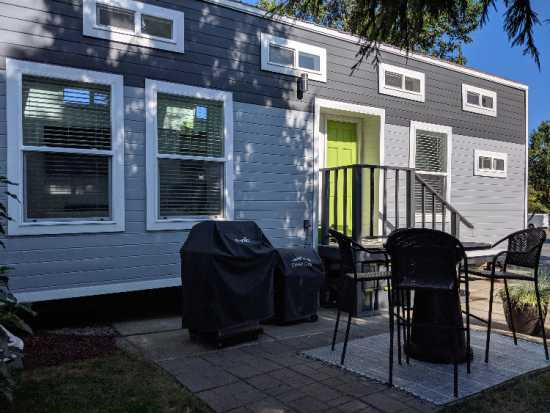 Furnished Modern Tiny Home 28 foot
