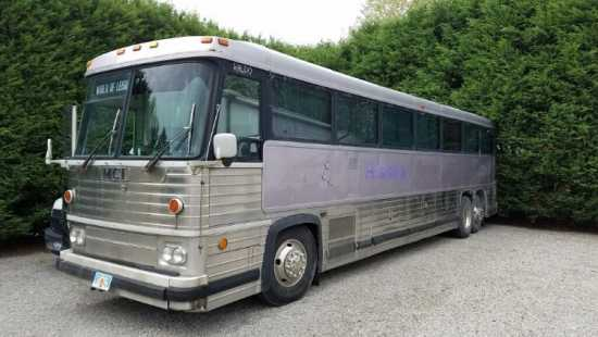 1981 MCI MC9 Bus RV conversion