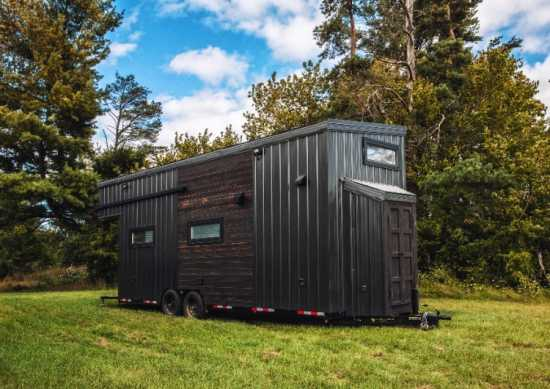 Modern Luxurious Tiny House